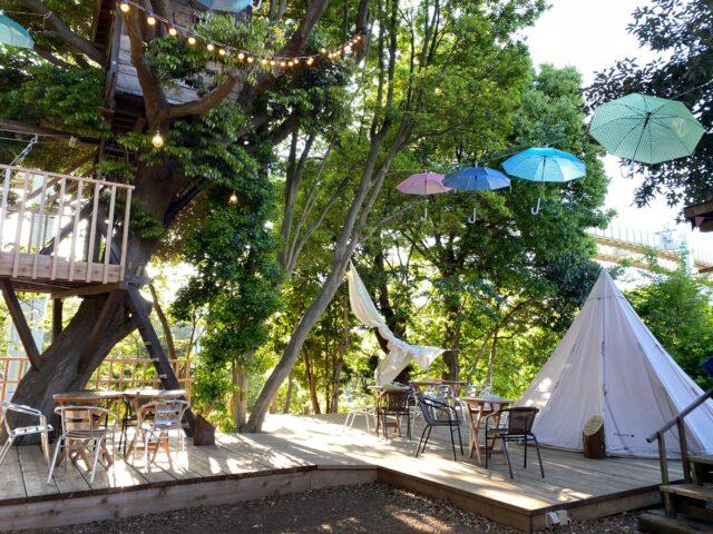 椿森コムナは自然を楽しみながらお茶が出来るカフェです